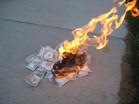 Money_Burning_04